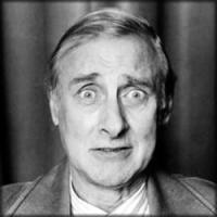 Spike Milligan profile photo
