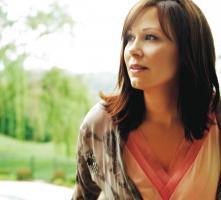 Suzy Bogguss profile photo