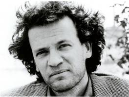 Yann Martel profile photo